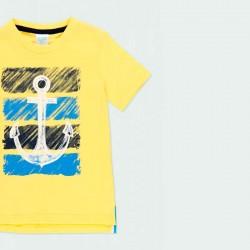 detalle camiseta amarilla niño estampado ancla