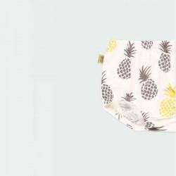 detalle cubre pañal bebé estampado piñas