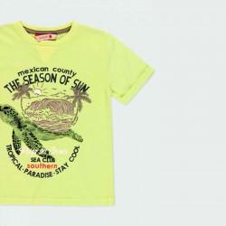detalle camiseta niño amarilla y estampado tortuga
