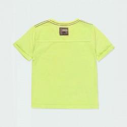 camiseta niño amarilla y estampado tortuga por detrás