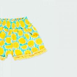 detalle short punto niña limones