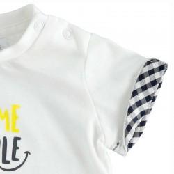 detalle camiseta bebe cuadros marino y blanca de ido