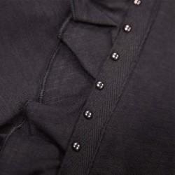 detalle camiseta manga corta niña gris acero