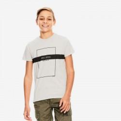 niño con camiseta garcia jeans gris y marino