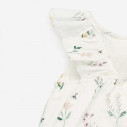 detalle volante pelele plumeti bebe de flores paz rodriguez