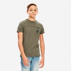 niño con camiseta garcia jeans verde betlee