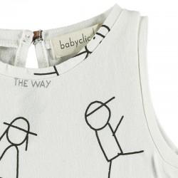 detalle camiseta desmangada bebe estampado people