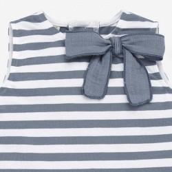 detalle lazo vestido bebe punto a rayas azules de paz rodriguez