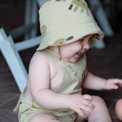 bebe con pelele baby clic medusas