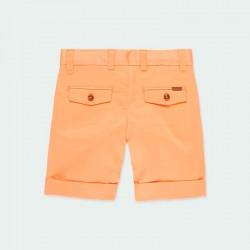 bermuda naranja niño de vestir por detrás