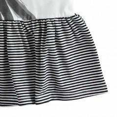 detalle bajos vestido desmangado niña ido rayas marino