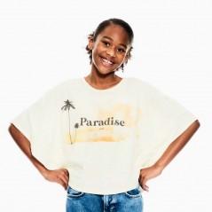 niña con camiseta poncho de garcia jeans