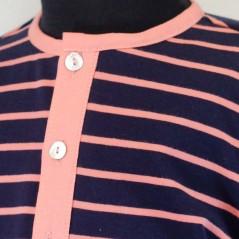 detalle conjunto vestir niño bas marti coral y marino