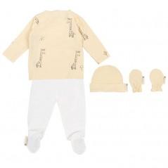 conjunto nacimiento bebe vainilla y crudo jirafa de bimbidreams por detrás