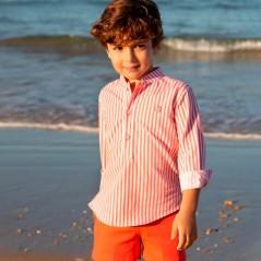 niño con bermuda de vestir coral