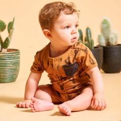 bebe con pelele cactus camel de feetje