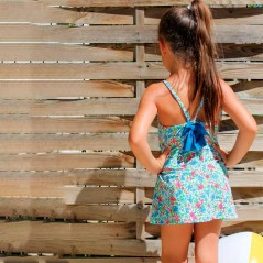 vestido playero niña de flores marena por detras