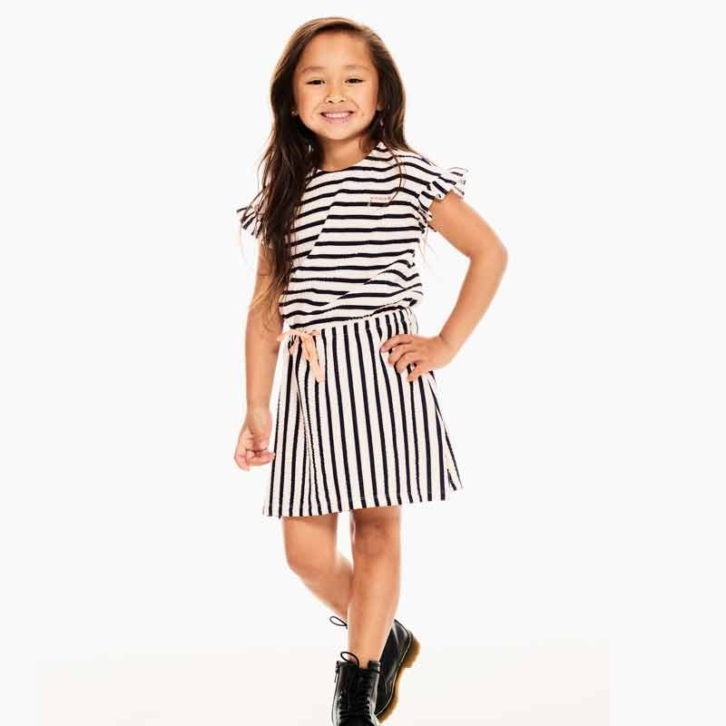 niña con vestido rayas coral garcia jeans