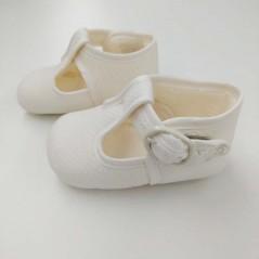 zapatos tela de bebé cuquito beige vista de lado