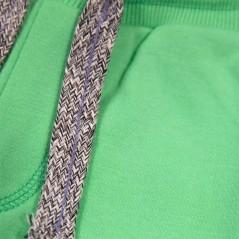 detalle pantalon corto punto niño verde de garcia jeans