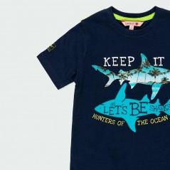 detalle camiseta boboli niño de tiburones