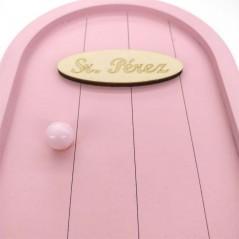detalle puerta raton perez rosa pastel