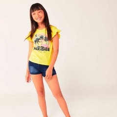 niña con conjunto verano boboli amarillo y marino