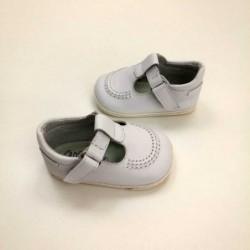 zapatos bebe leon shoes de piel blancos sin suela vista lateral
