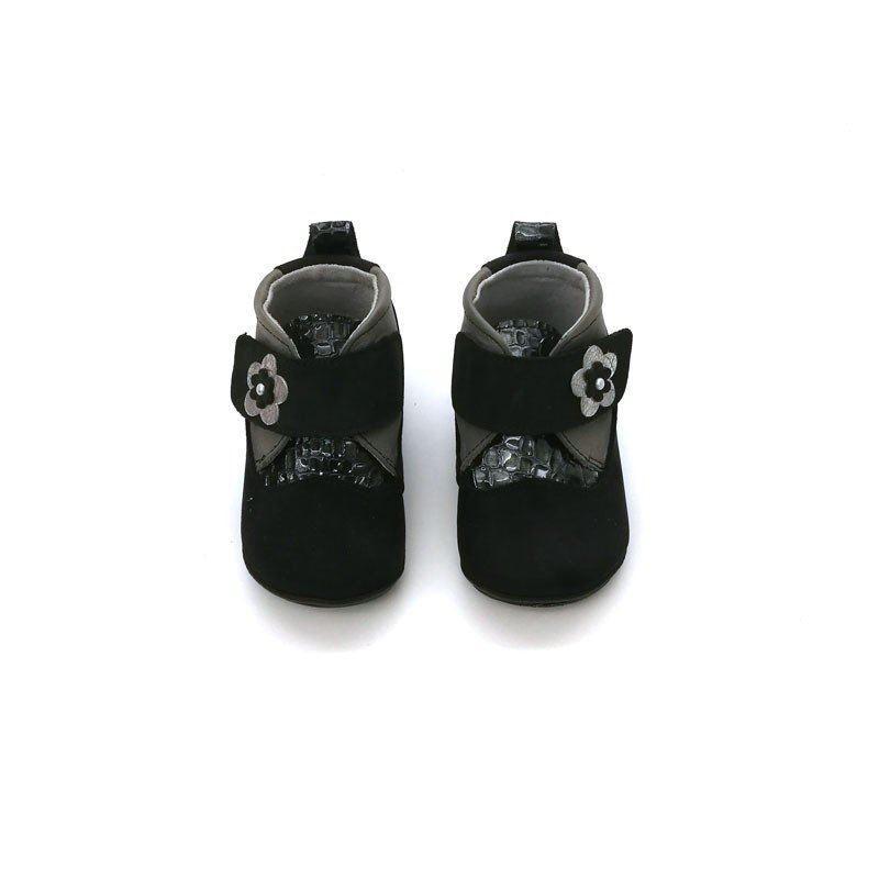 zapatos bebe niña sin suela negros con flor