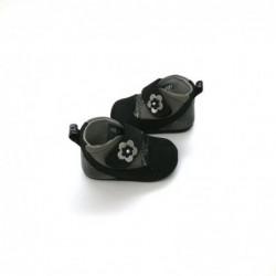 zapatos bebe niña sin suela negros con flor vista lateral