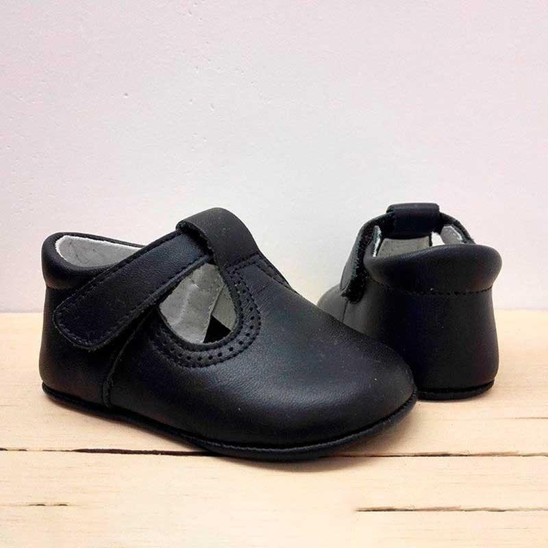 zapatos bebe sin suela azul marino con velcro