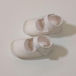 merceditas bebe sin suela blancas de cuquito vista lateral