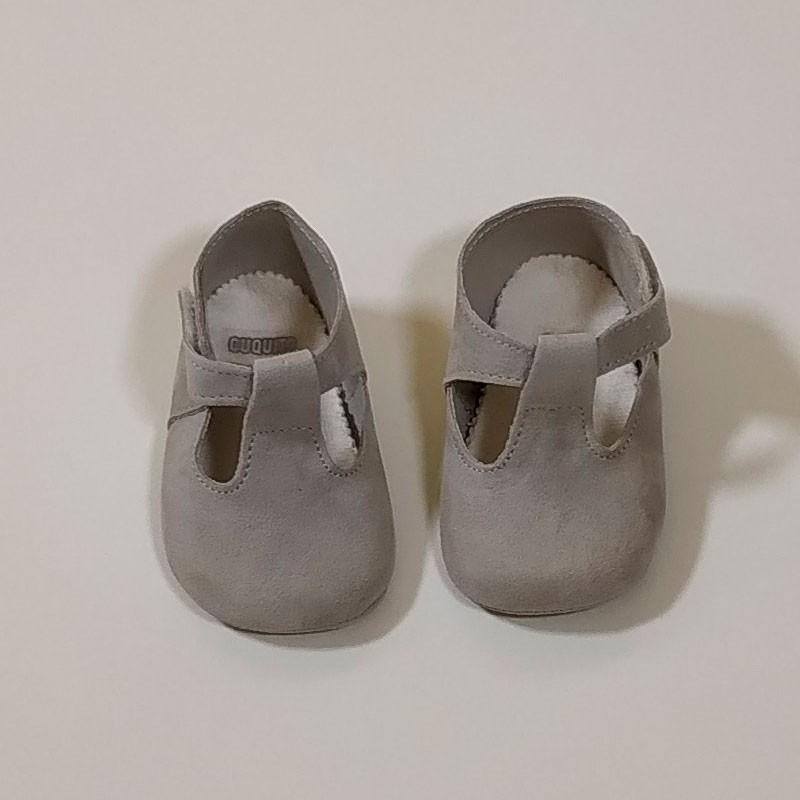 zapatos bebe sin suela gris perla cuquito
