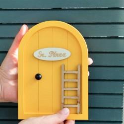 puerta raton perez amarillo mostaza niña y niño