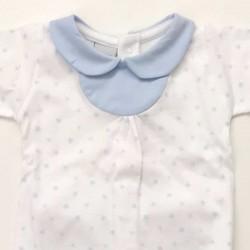 detalle cuello conjunto canesu bebe azul y blanco de babidu