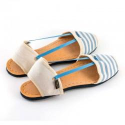 alpargatas de tela a rayas azules y beige