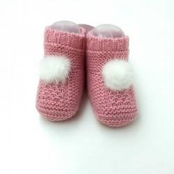 peucos bebé rosa con pompón de juliana