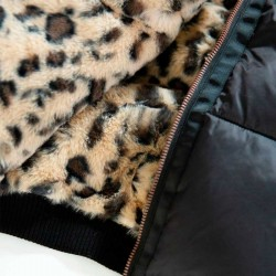 cazadora niña acolchada de garcia jeans con estampado animal
