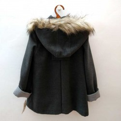 abrigo paño niña bbz gris y pelo desmontable por detras