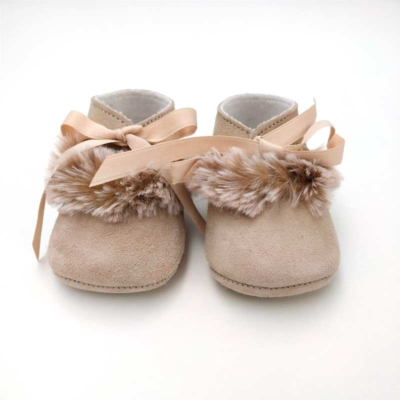 zapatos bebe niña de piel vuelta y pelo de cuquito