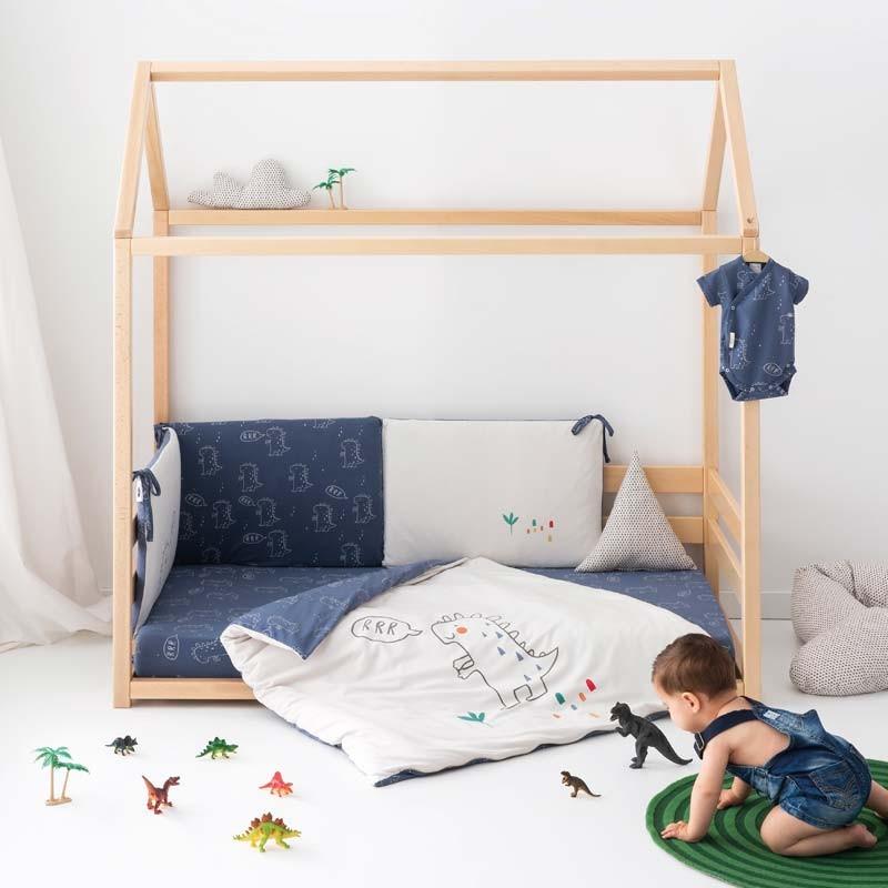 funda nordica de cuna bebe dinos de bimbidreams en cama montesori