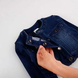 botones chaqueta vaquera bebe niña azul de boboli