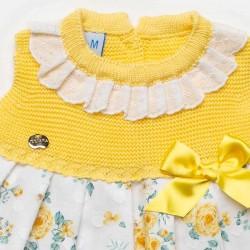 detalle vestido bebe juliana amarillo con flores