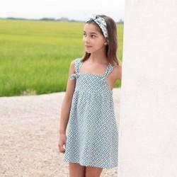 niña con vestido eve children estampado geométrico azul